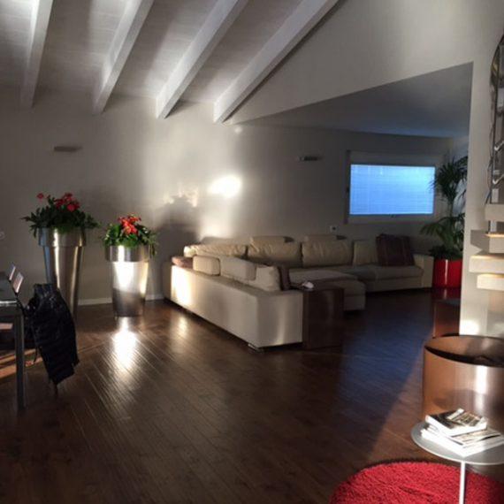 Progettazione e realizzazione area living abitazione privata