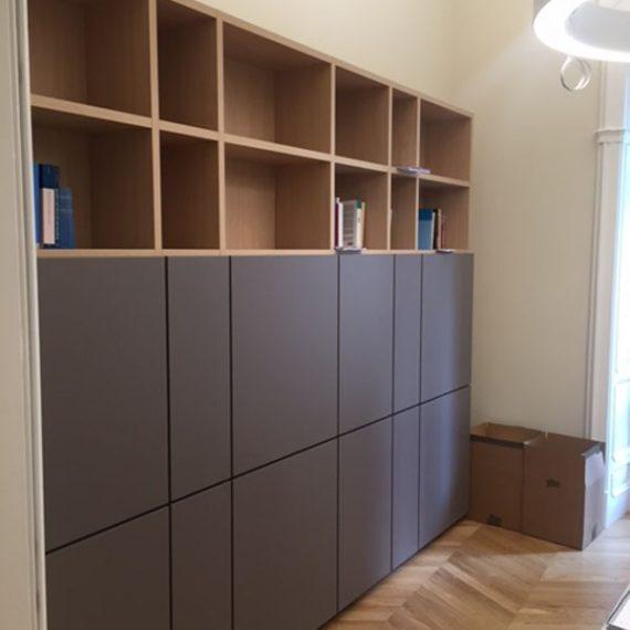librerie in nobilitato con ante laccate apertura push-pull