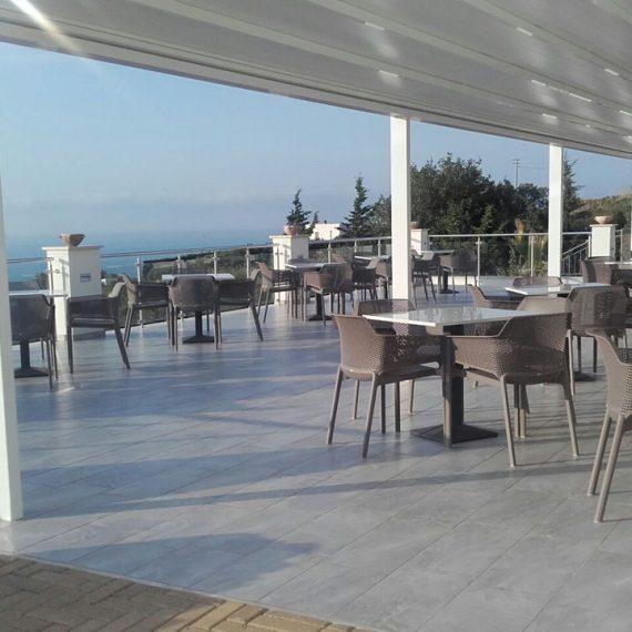 Tavoli e sedie da esterno